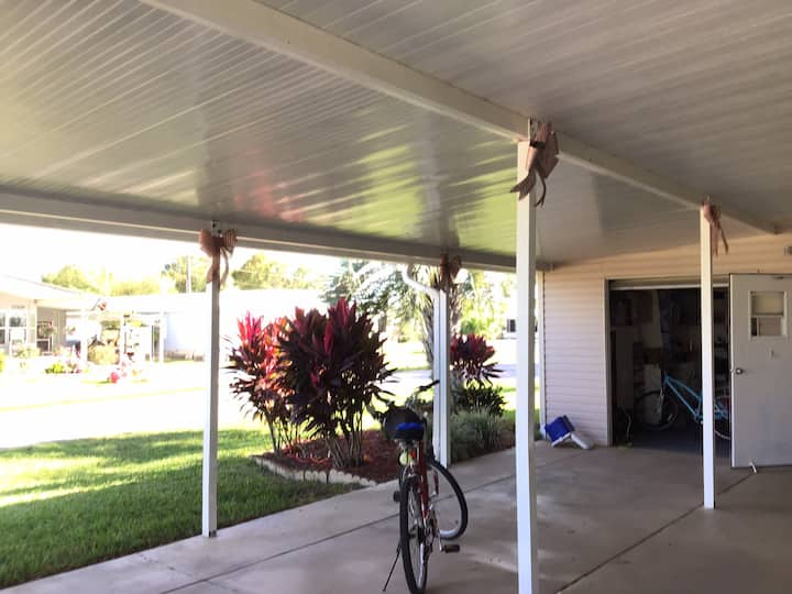 Lovely double wide in Avon Park Florida