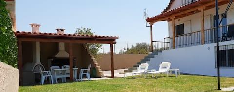 Saronikos Family House with Garden & BBQ  | Flora