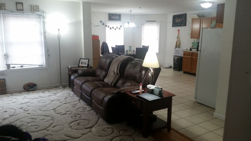 Great Apt next to Hospitals/Schools - Scranton