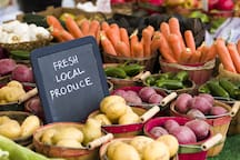 Saturday Farmers Market features local produce.  We also feature Nash's CSA boxes in season and you are welcome to share what we pick up!
