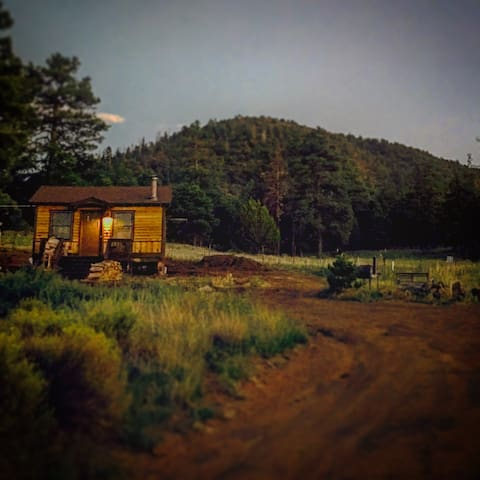 Tiny Mountain View Cabin in a National Forest - Flagstaff - Kabin