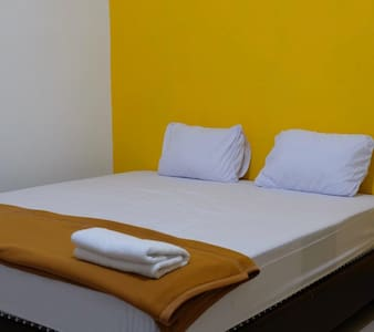 NIRWANA GUEST HOUSE (Single Bed) Kendari, Sulawesi