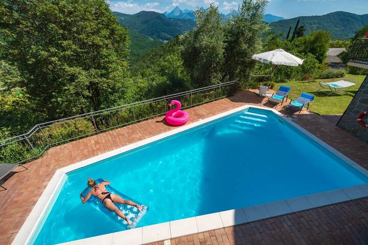 Villa Turchese, apt with private pool & hot tub