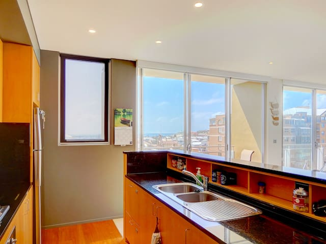 Beau Monde Apartments Newcastle - York Oceanview