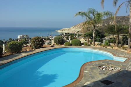 Hilltop View Villa Stunning Sea views FREE Wi-Fi - Pissouri