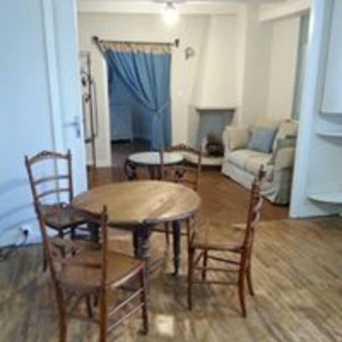 appartement d 39 h tes rochefort en terre appartements louer rochefort en terre bretagne. Black Bedroom Furniture Sets. Home Design Ideas
