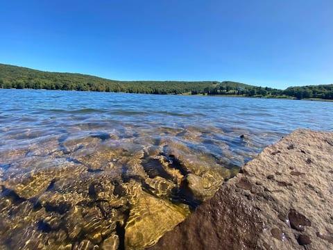RED FOX * New Listing*  Alpine Lake Resort