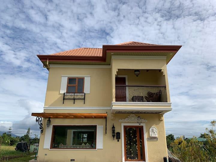 Casa at Tagaytay Leisure Club