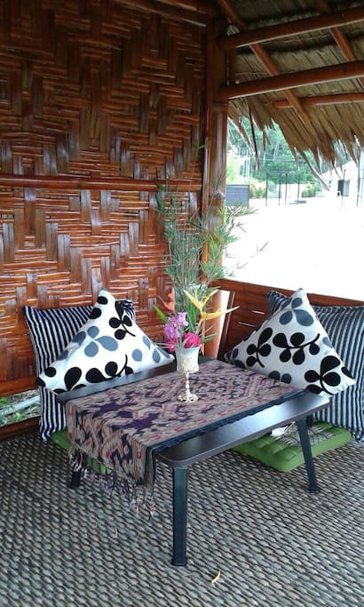 The Bamboo Lodge - Patio