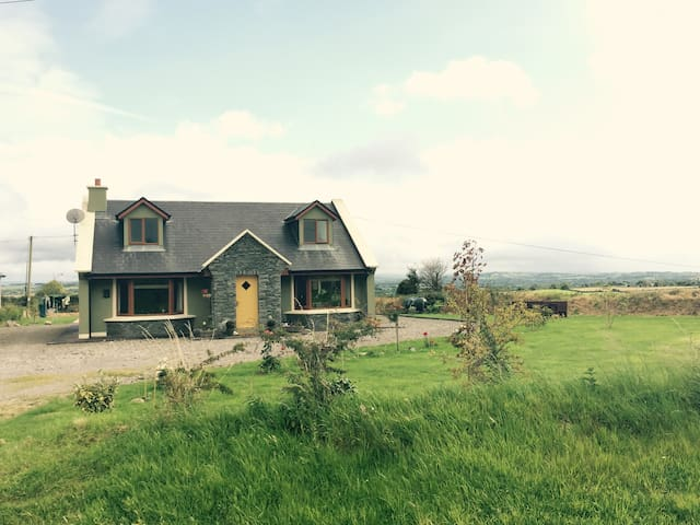 Cosy Home in Killorglin-Ring Of Kerry-nearby Golf - Керри - Дом