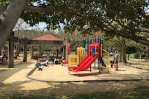 ちびっこの遊び場 nearby park