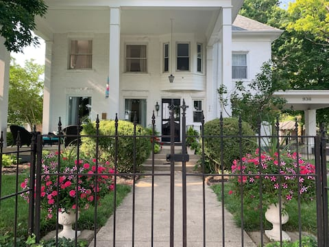Historic Eighth Guest house