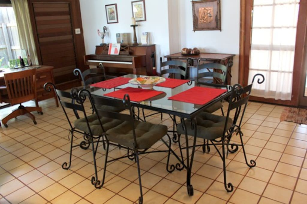 dining table for up to 6