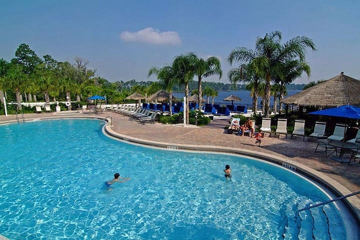 2 bedroom Vacation Condo near Disney- Bahama Bay