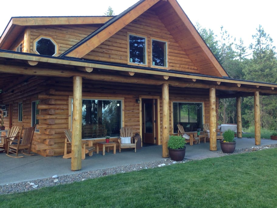 Log cabin in the woods cabins for rent in butte falls for Cabin in the woods oregon