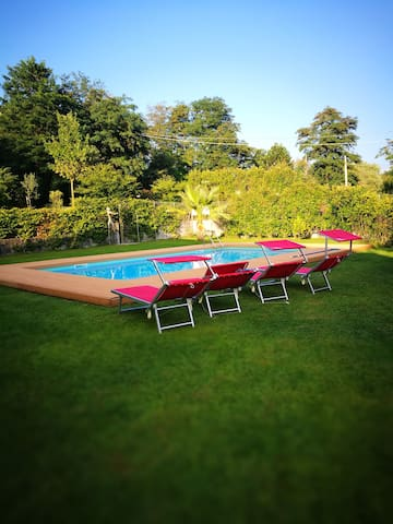 Allegria M with pool 200 meters from the lake