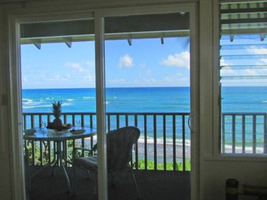 Your view, walking around the room... ocean, ocean, ocean from all the windows