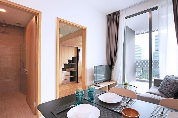 City-located 1BR loft apartment *BRAND NEW*