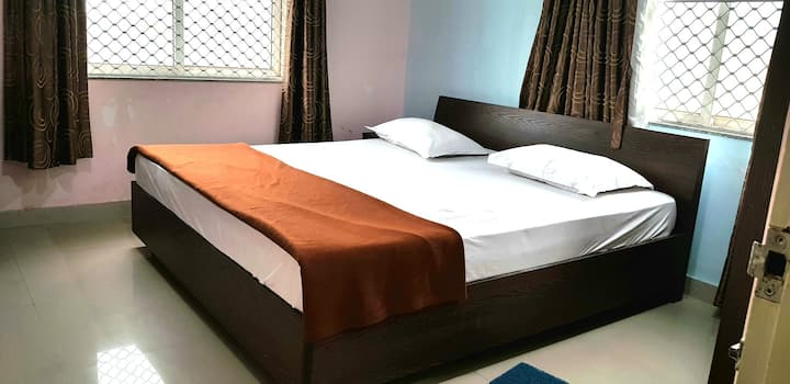 Anvy AC 2(1_BHK) flat Homely stay