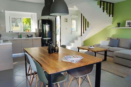 To spitaki tis Ninas - Nina's house - Porto Rafti - Haus