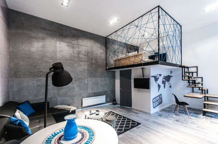 Luxury Loft by Gozsdu