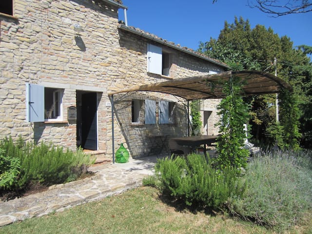 Montefalcone Appennino - Rumah