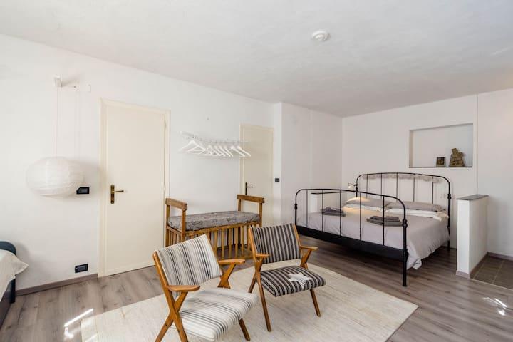 Villa Giuanne, nice flat  (Reg.N 010001-LT-0067)