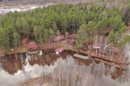 Гостевой дом на берегу реки