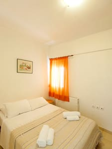Siroco Apartment, 100 meters from the beach