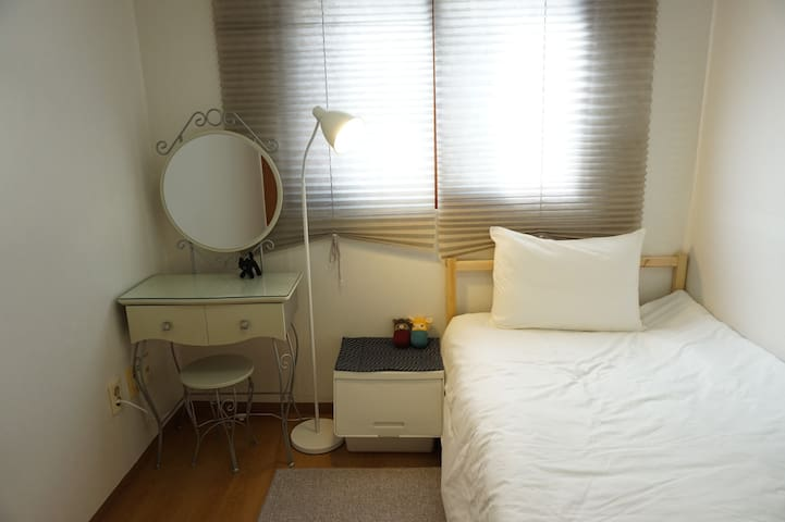 [Actress's house]Cozy room, near Hongdae