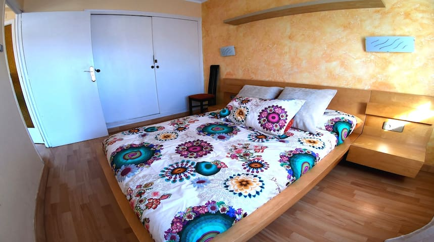 Comfortable apartment 5 minutes from the beach