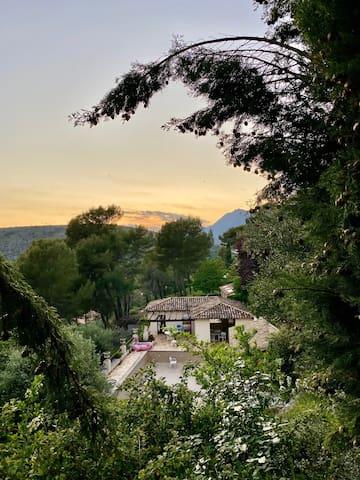 Magnifique villa familiale sur la Cote d'Azur
