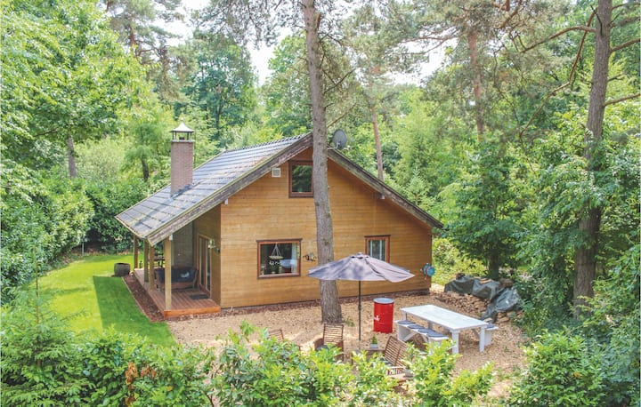 Holiday cottage with 3 bedrooms on 130m² in Emst