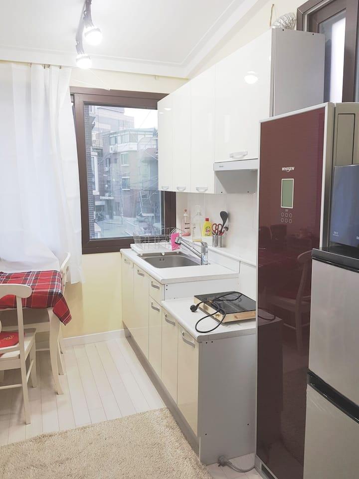 NearMetro,Express subway& ,2rooms,kitchen,Restroom