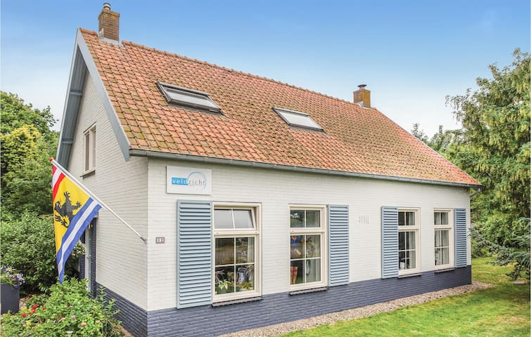 Holiday cottage with 1 bedroom on 40m² in Groede
