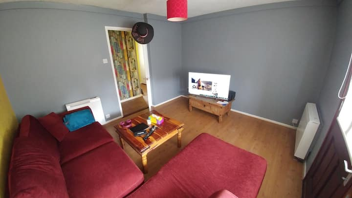 Clean and tidy room in apartment #2