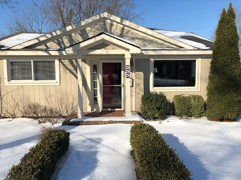 inviting, cozy home with many area amenities