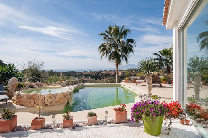 GuestHouse Marbella, SunsetVilla,Pool,Wifi,Golf,R2