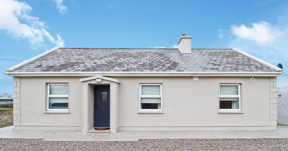 Creegh Cottage, Doonbeg, Co. Clare V15 Y367