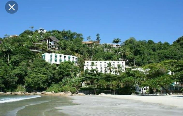 Apartamento Ubatuba Praia das Toninhas