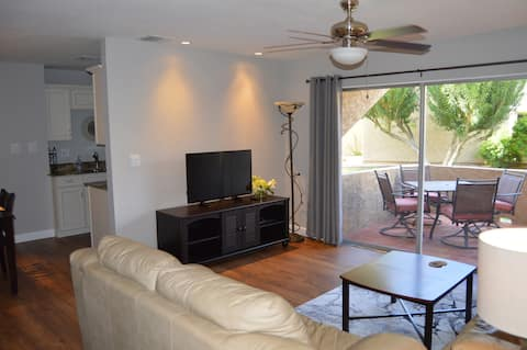 Old Town Scottsdale Remodeled 1BR Condo