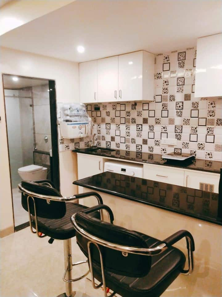 Studio room with kitchen