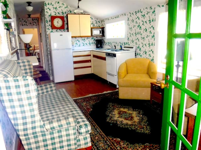 Annex-3 BR Apt for Family Stay at Hotel Pemaquid