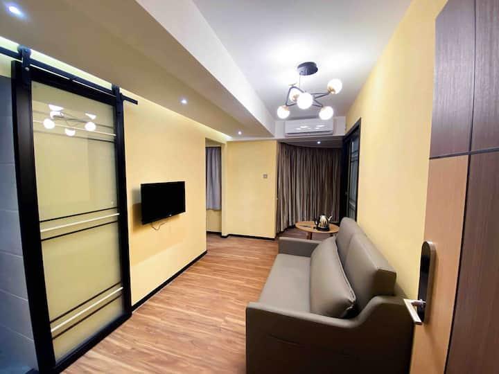 溫馨日式兩房一廳一衛生間一陽台,近永利,星際,葡京,美高梅,新八佰伴。含電梯洋房。