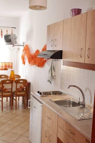 Διαμερσιμα - Pollonia - Apartemen