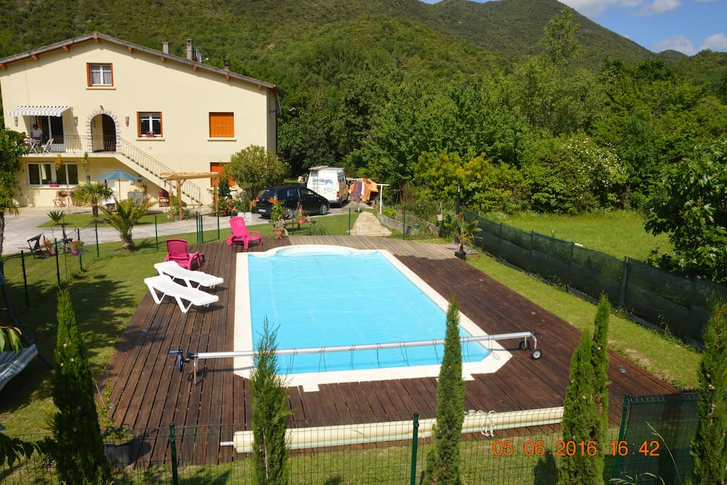 La Riviere Lune with swimming pool