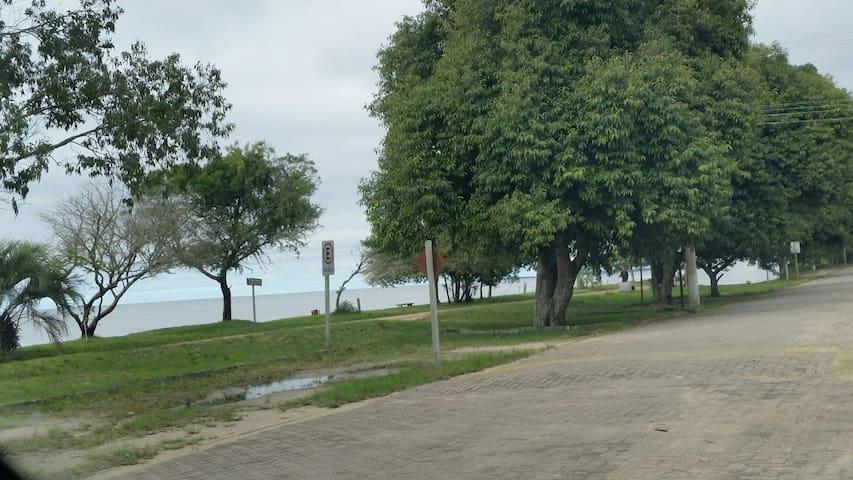 Aluguel temporada  em Arambaré bairro Costa doce