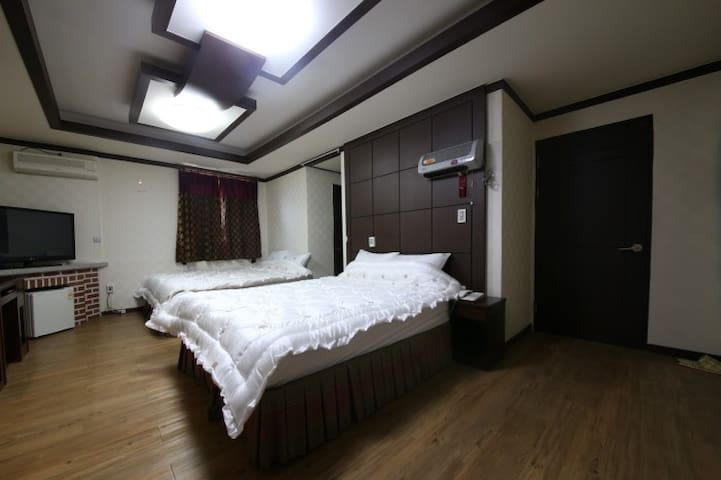 BALI MOTEL(발리모텔) Suite Room 스위트룸 - Banpo-myeon, Gongju-si - Overig