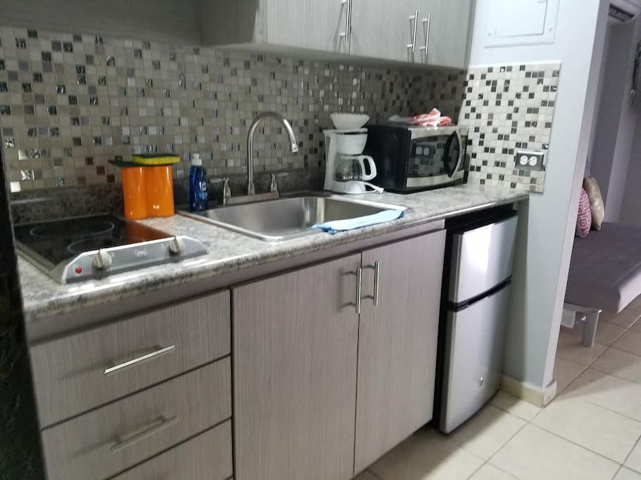 Just renovated, fully equipped kitchen