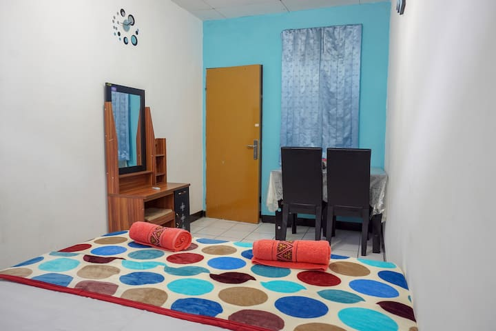 Zenrra House,Family Budget room@Pasteur Bandung